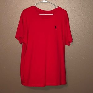 Polo shirt. Great condition. No tears. No stains